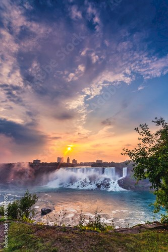 View of Niagara Falls Park during sunrise